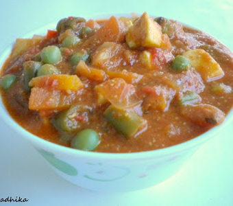 Paneer and Veggies in tomato gravy.