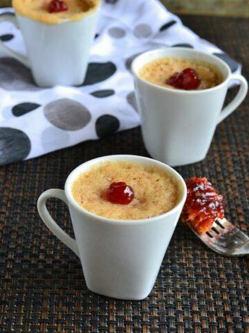Eggless Plums Mug Cake