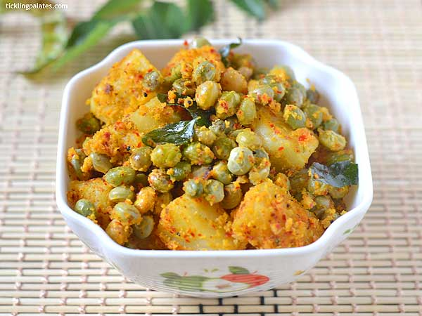 urulai thuvarai curry recipe