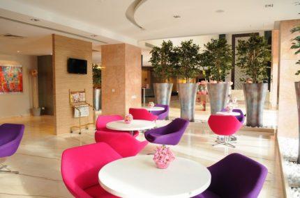 Business Room of E-Hotel