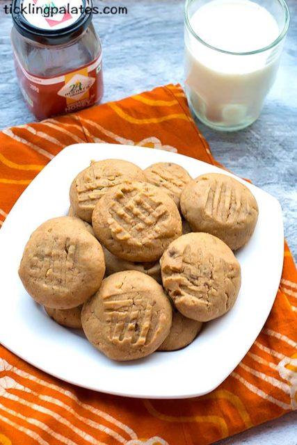 Eggless honey peanut butter cookies recipe