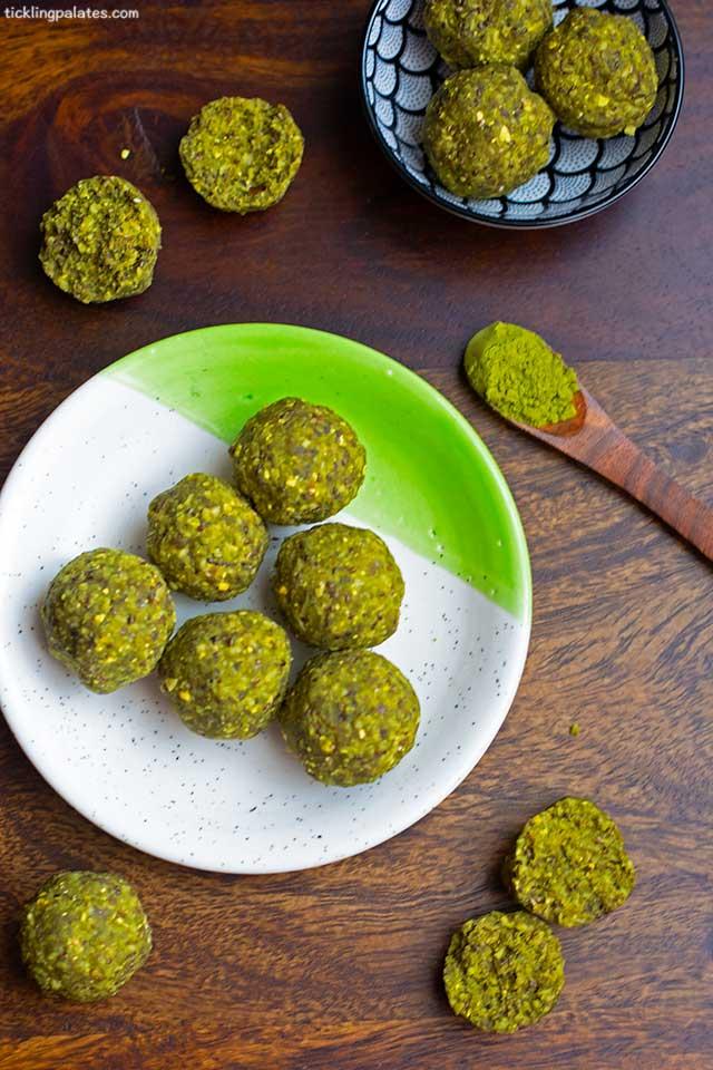 No cook matcha protein balls