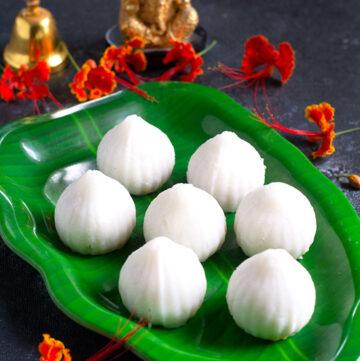 kadalai paruppu poorna kozhukattai recipe