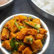 Yellow Pumpkin Curry - Parangikai Curry